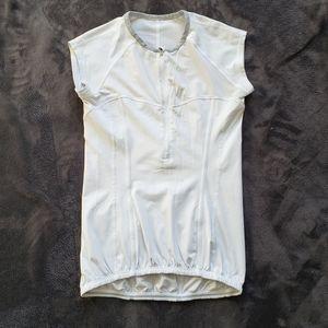 Lululemon cycling half zip jersey T-shirt small